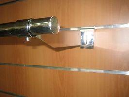 Držiak na trubku O25mm, dlžka držiaku 33cm