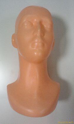 Plastová hlava dámska, béžová farba