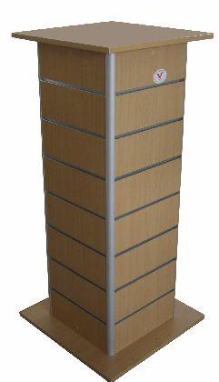 Slatwall stojan štvorboký.